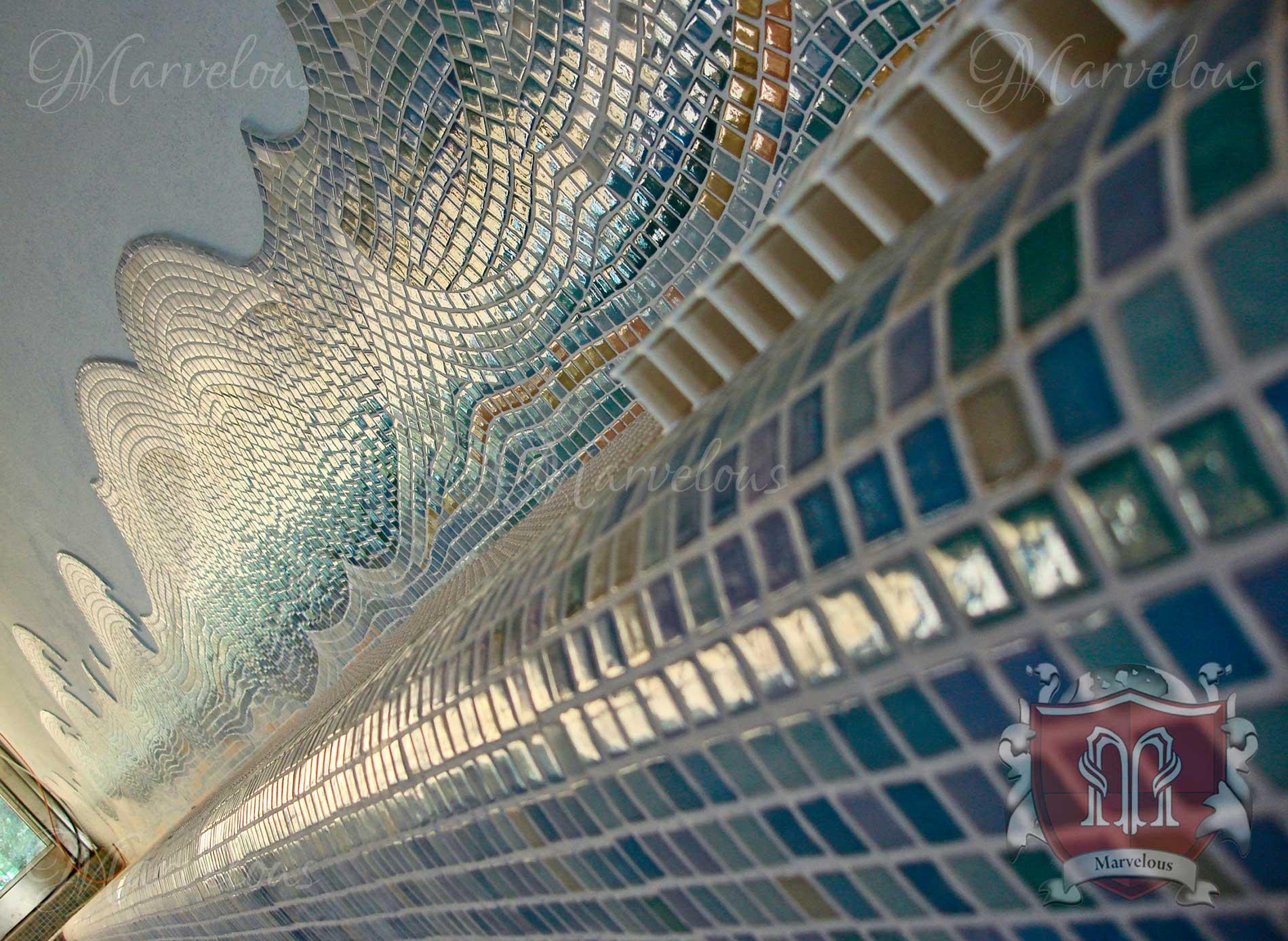 Marble Pool Mosaic: Fioritura